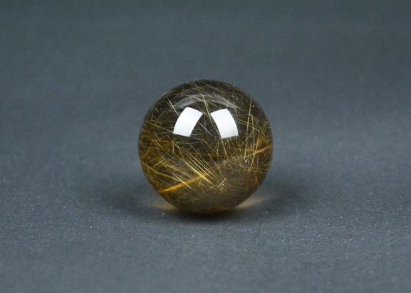 水晶R-002